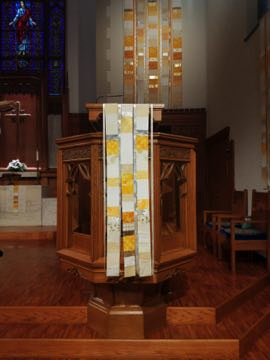 Easter Celebrate!  Pulpit parament Bethel Lutheran Madison, WI 2019