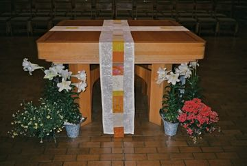 Easter Reflect! altar parament  with Yellow & Orange OL of the Most Holy Rosary Albuquerque, NM